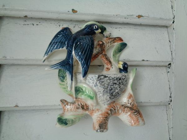 画像1: 陶器製ツバメの巣