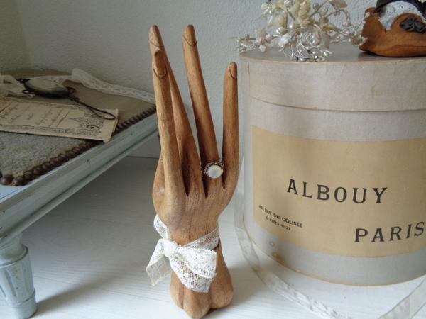 画像1: 木製ハンドオブジェ