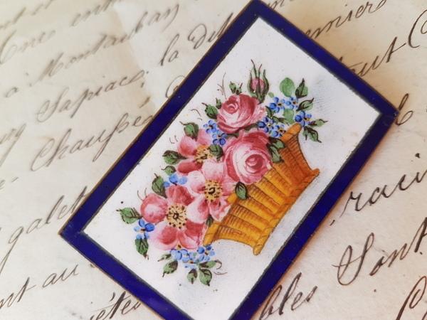 画像2: エナメル花かご柄ブローチ