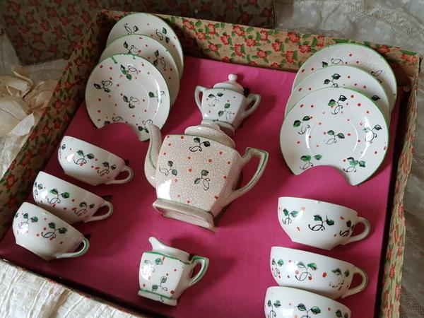画像1: 陶器製トイティーセット