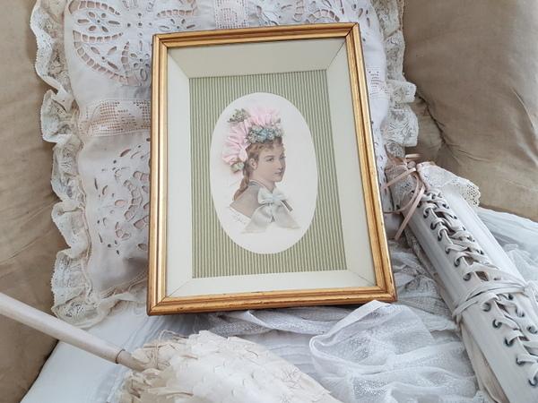 画像1: ロココリボンボネの女性画