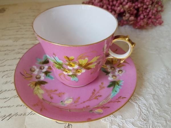 画像1: 陶器製花柄カップ&ソーサー