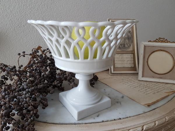 画像1: 白い陶器バスケット型フルーツコンポート