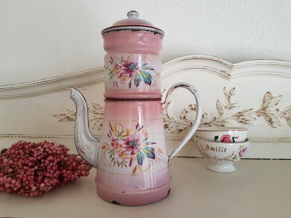 画像1: ホーローピンク花柄手描きコーヒーポット