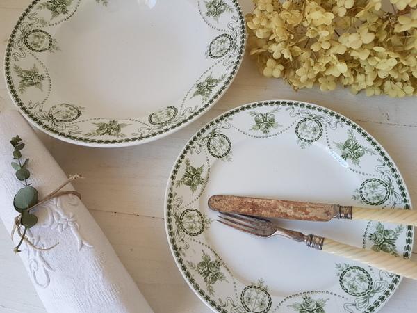 画像1: マーストリクト窯リボンとローズ柄プレートセット