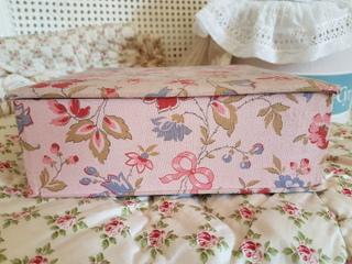画像2: リボンと花柄カルトナージュボックス