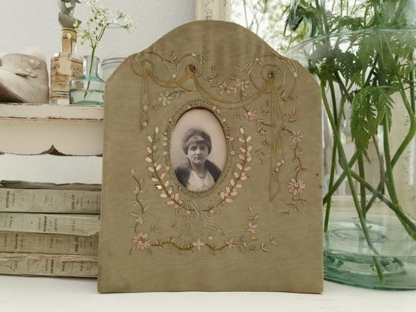 画像1: リボン刺繍フォトフレーム